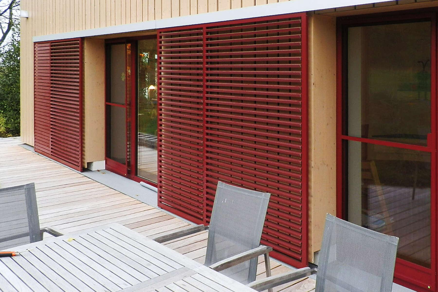 Holzschiebeladen Der Klassiche Sonnenschutz Fur Fenster