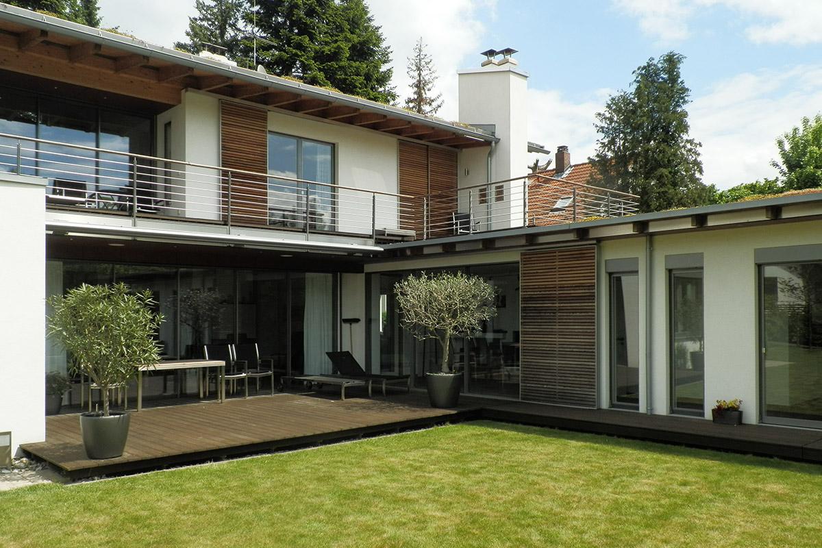Holzschiebeläden Der Klassiche Sonnenschutz Für Fenster